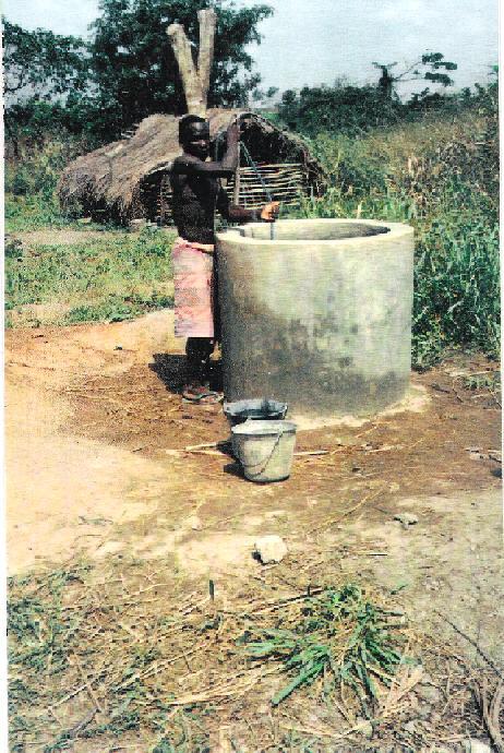 http://rossanigo.com/Africa/MISSIONI/scuola2.jpg